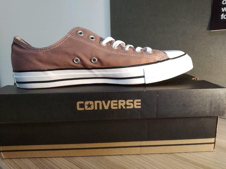 Converse ox seasonal canvas shoes Size 10 BRAND NEW  87813ca46
