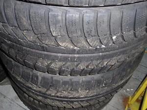 4 pneus d'hivers 225/50/17 Gislaved Nordfrost 5