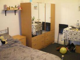 DOUBLE ROOM IN KILBURN !! ZONE 2 @@ GREAT LOCATION !!