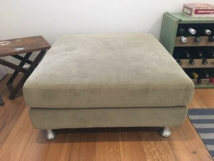 (GUC) King Furniture Ottoman with Storage