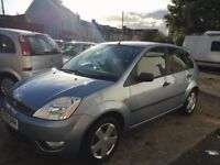 Ford Fiesta Zetec 1.4ltr 5 door brand new mot loads of spec, lovely condition inside and out