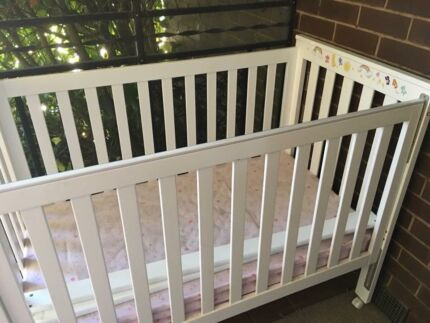 Baby Cot With Matress Excellent Quality! BARGAIN!