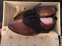 Never worn leather navy and tan brogues - size UK4.5
