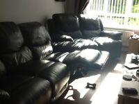 Black leather suite 3seater and 2seater recliners