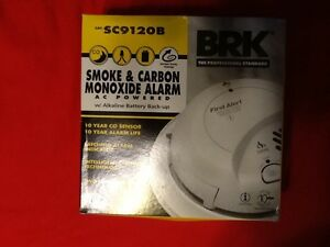 FIRST ALERT BRK S9120B SMOKE & CARBON M0NOXIDE ALARM WITH BATTERY BACKUP 120VAC