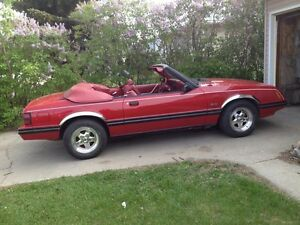 1983 5 L ford mustang four-speed manual