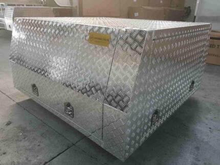 1800x1800x860 aluminuim canopy 2.4 checkerplate