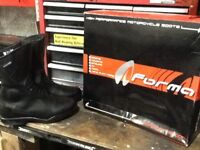 Forma poker motorcycle boots
