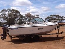 20ft Cabin Cruiser with 130hp Yamaha 55hrs Scarborough Stirling Area Preview