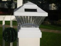 "WHITE SOLAR DECKING POST LIGHTS, IDEAL FOR STATIC CARAVANS AS WILL FIT A 4"" POST"