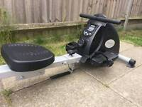Rowing machine with digital display Can deliver