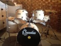 White 5 Piece Drum kit