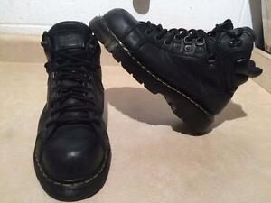 Men's Size 9.5 Dr. Martens Industrial Steel Toe Work Boots