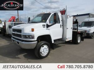 2006 Chevrolet C5500 Regular Cab with Crane