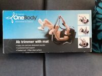 Ab trimmer with mat