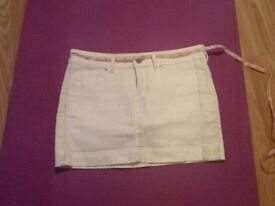 Brand new. Maison Scotch mini skirt