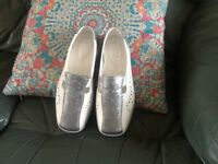 Hotter shoes size 4
