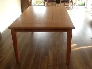 Blackbutt dining table Northbridge Willoughby Area Preview