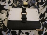 BLACK AND WHITE HANDBAG FROM NEW LOOK BRAND NEW WITH TAGS CHRISTMAS PRESENT