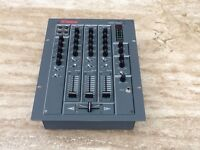 Vestax pmc17A mixer in box very good comdition