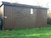 Wooden garden shed 15' x 6' ( 2 entrance doors)