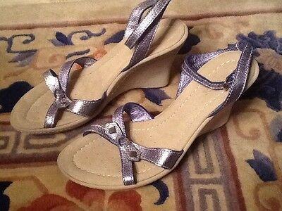 New GEOX Steel Napa Leather MEGAN Sz 40 US 9, 9.5 Women Wedge Sandals Heels $125