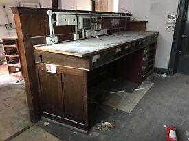 Bank Desk / Counter