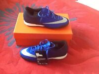 Men's Nike Astro turf trainers size 7 new only £14