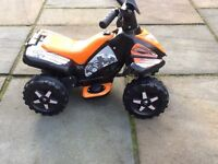 Roadsterz 6v battery child's sit on quad bike from Halfords. LIKE NEW.