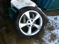 JAGUAR S TYPE ALLOY WHEEL AND TYRE SIZE 225/ 45 / R /17