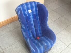£25-Britax Eclipse group 1 car seat for 9mths to 4yrs(9kg upto 18kg)reclines,is washed & cleaned
