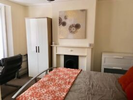 Double modern room available now in Lewisham