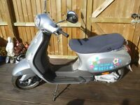 Piaggio Vespa LX 50 **VERY LOW MILEAGE**