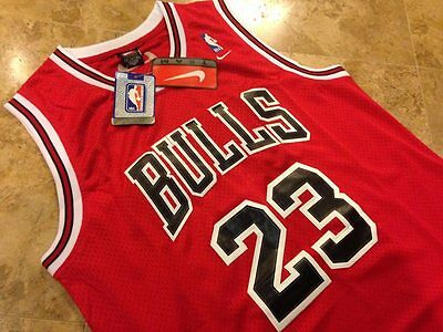 NBA Swingman Jersey MICHAEL JORDAN # 23 BULLS  Basketball Retro Red S M L