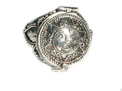 sterling silver poison ring with round sun