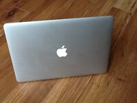 MACBOOK PRO 15(RETINA) i7 PROFESSIONAL ,SUPPER FAST MACHINE GREAT CONDITION 256 SOLID HARD DISK
