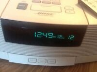 Bose wave radio and CD player model AWRC3P with pedestal base unit, Pristine Condition