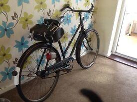 Lovely vintage ladies 1965 Raleigh all steel bicycle .rod brakes.3 speed .rides nice