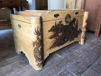 Oriental Camphorwood Trunk / Chest