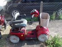 2 motor scooters for Spairs and repairs