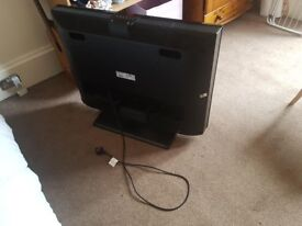 40'' TV, flat screen, for sale!