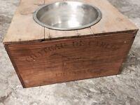 Dog / cat bowl Wine box