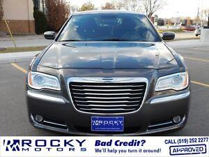 2013 Chrysler 300 Base $21,995 PLUS TAX