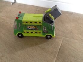 Trash Pack Garbage Truck and Trashies figures and Bins