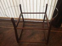 Rockable Moses basket stand