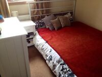 Double room available in Longstone £300pcm