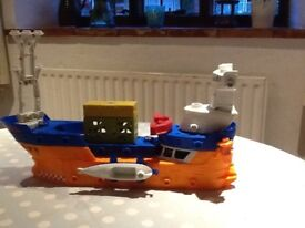 Matchbox Octosub and Mega Rig Boat.