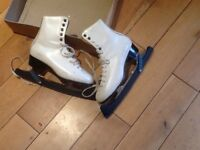 Ladies white ice skates size 6