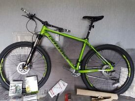 Cannondale trail 4 27.5 BRAND NEW