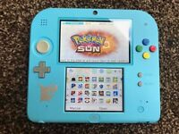 Nintendo 2DS Pokemon special edition with loads or games! Postage UK wide available